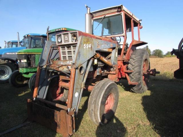 International Harvester (IH) 1066 Picture 2