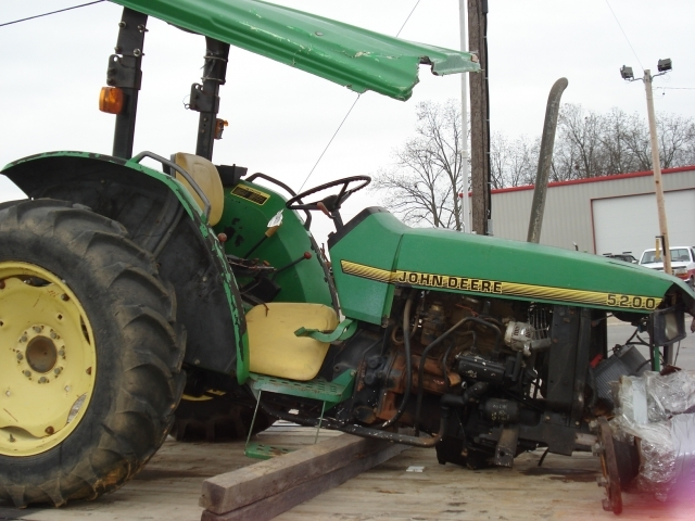 5200111 john deere 5200 salvage tractor at bootheel tractor parts john deere 5200 wiring diagram at fashall.co