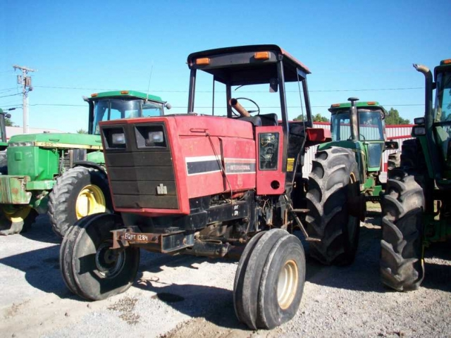 International Harvester (IH) 5488 Picture 2