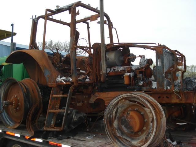 John Deere 6715 Picture 1
