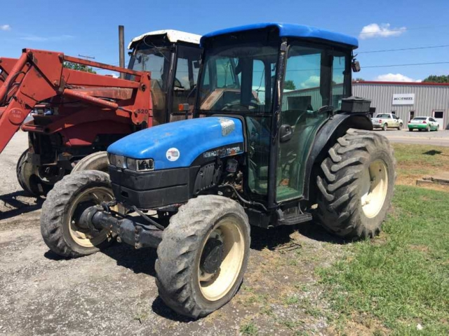 Ford - New Holland TN75S Picture 2