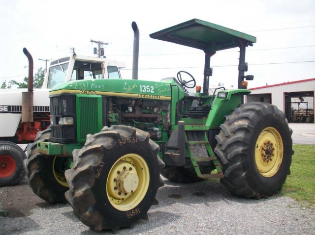 Ford - New Holland 7600 Picture 1