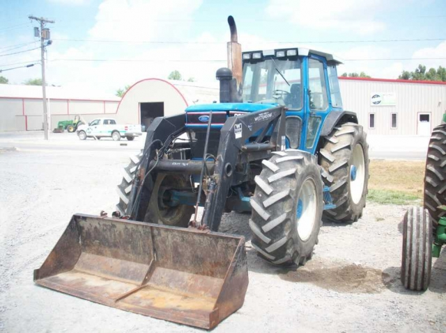 Ford - New Holland 8630 Picture 2