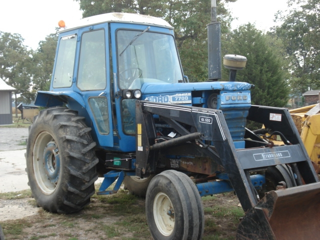 Ford - New Holland 7700