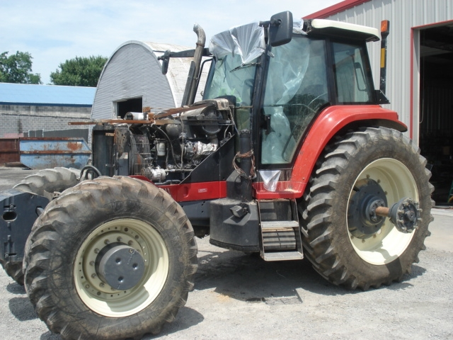 Ford - New Holland Versatile 2210