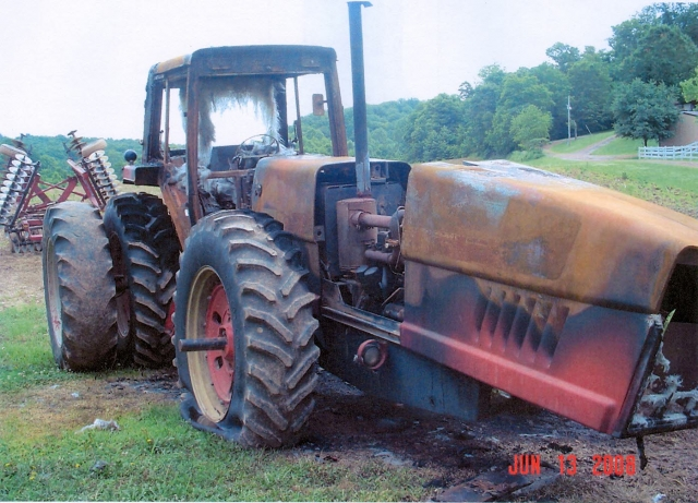 International Harvester (IH) 3588