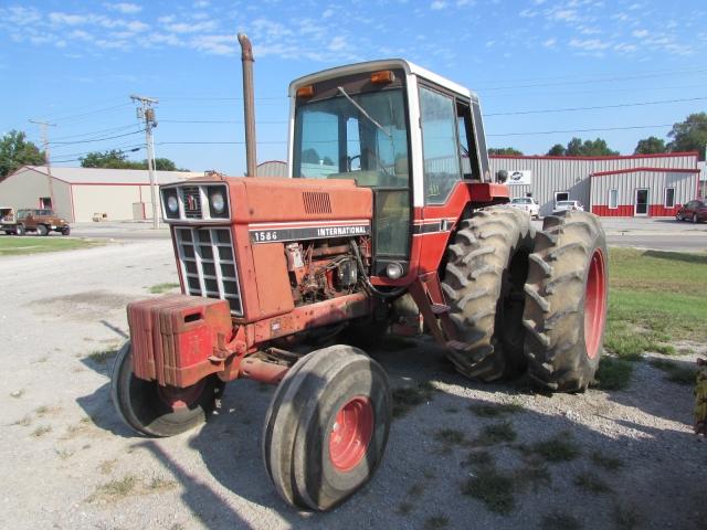 International Harvester (IH) 1586 Picture 2