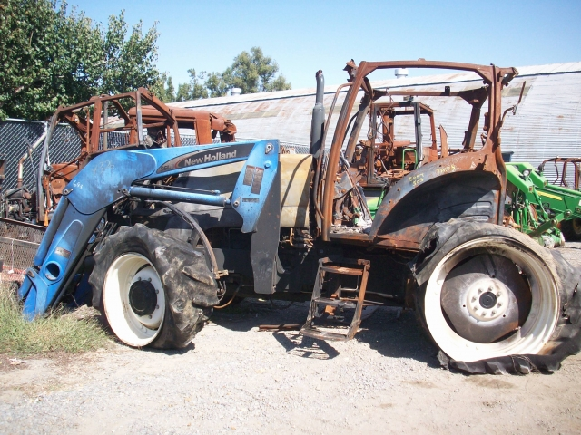 Ford Tractor Salvage Mo : Ford new holland ta salvage tractor at bootheel