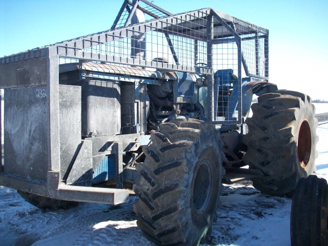 Ford Tractor Salvage Mo : Ford new holland tw salvage tractor at bootheel