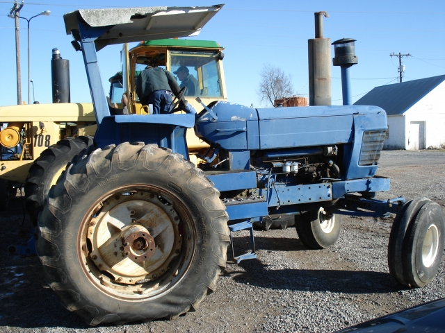 Ford - New Holland 8700 Picture 1
