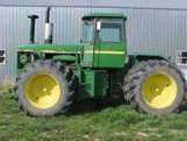 John Deere 8640 Picture 1