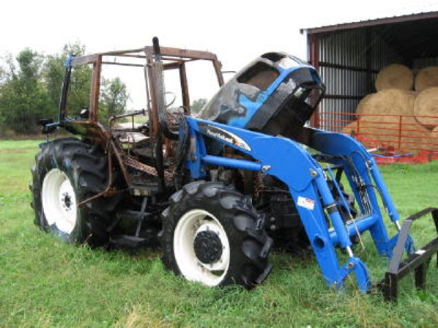 Ford - New Holland TL100 Picture 1