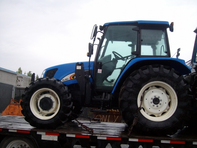 Ford - New Holland TL 90A Picture 1