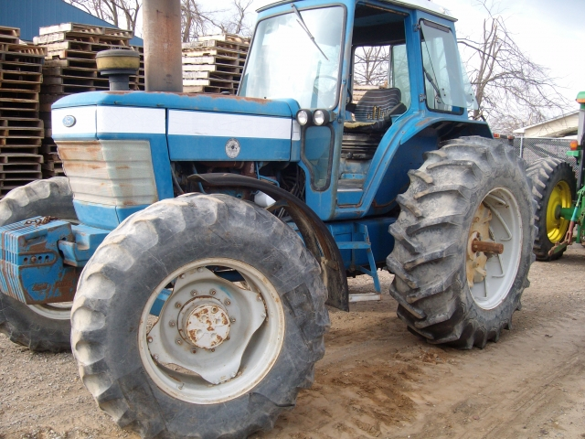 Ford - New Holland TW15
