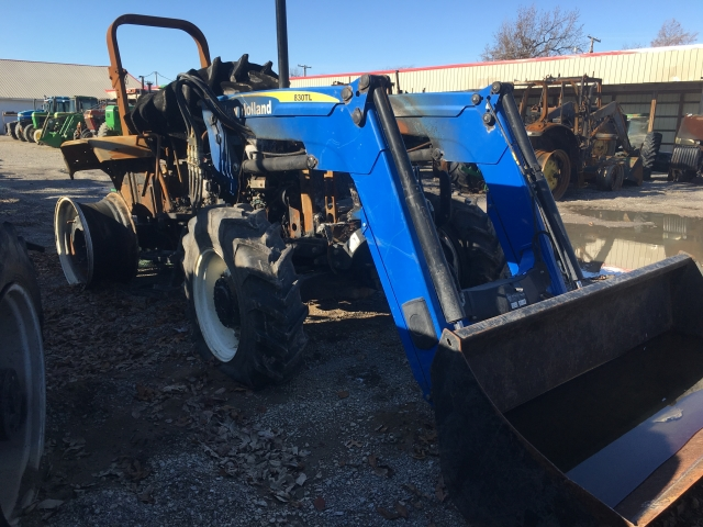 Ford Tractor Salvage Mo : Ford new holland t salvage tractor at bootheel