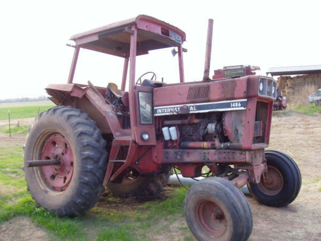 International Harvester (IH) 1486