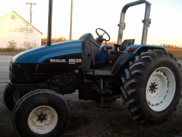 Ford - New Holland 6635 Picture 1