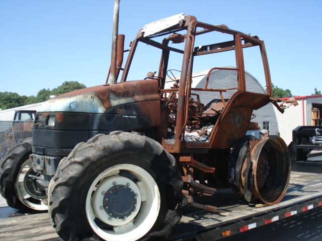 Ford - New Holland TS110 Picture 2