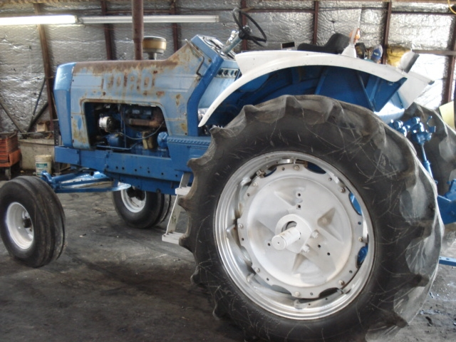 Ford - New Holland 8000