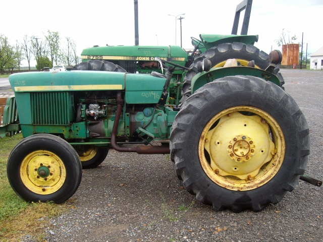 John Deere 1530 Salvage Tractor At Bootheel Tractor Parts