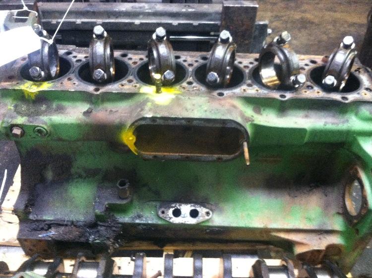 John Deere 4440 Cylinder Head : John deere cylinder block r stock number