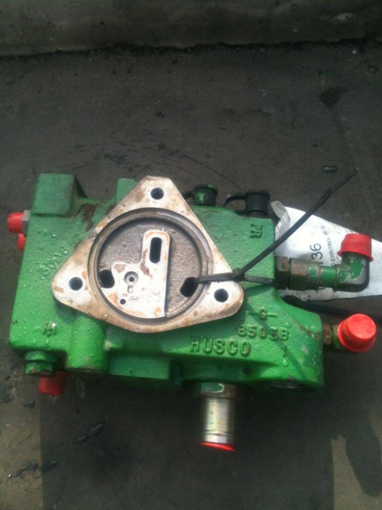 Hydraulic Controls Parts : Al deere hydraulic control valve bootheel