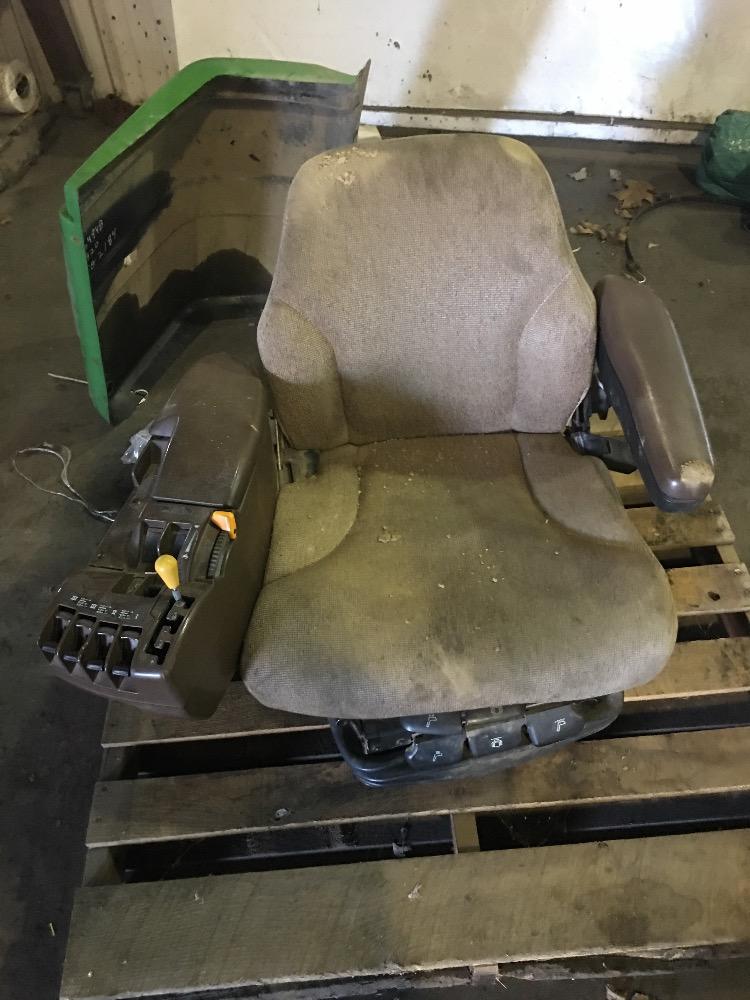 John Deere Truck Seat : Re a john deere seat suspension bootheel