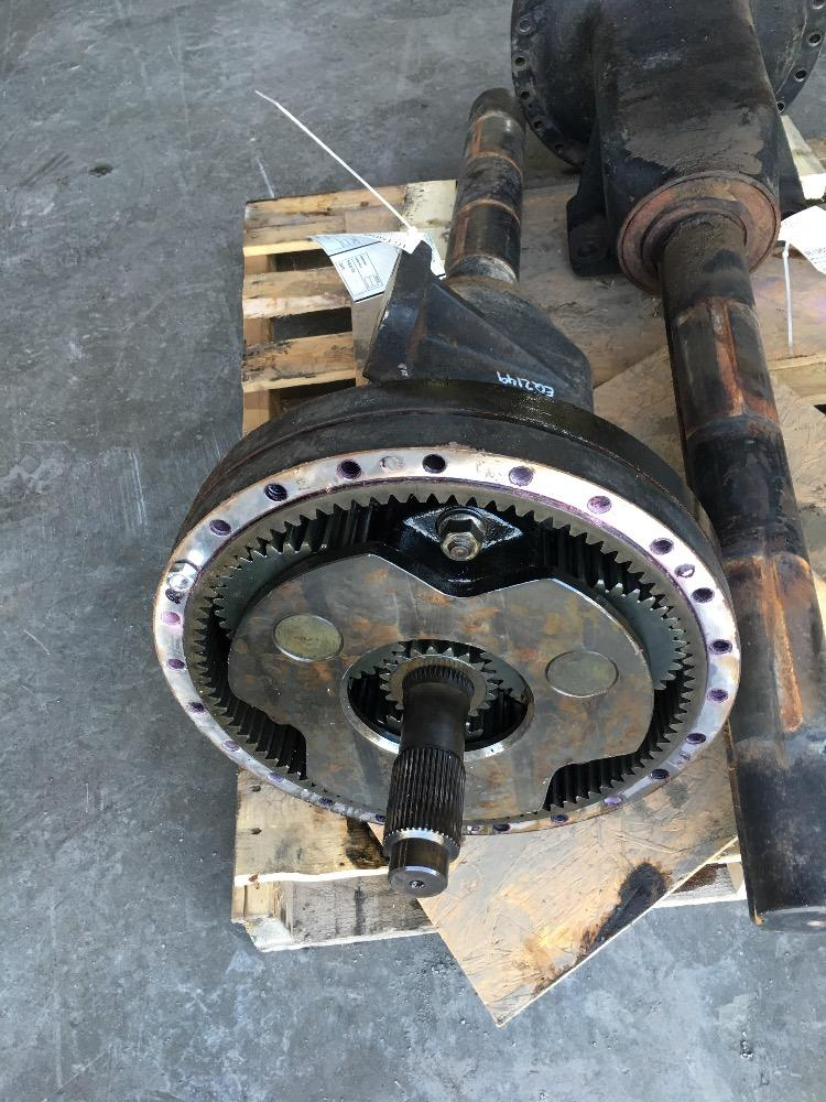 Tractor Axle Hubs : Case i h wd axle hub parts t a stock