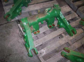 ROCKSHAFT & PARTS - 3-PT Parts for DEERE 7210 -