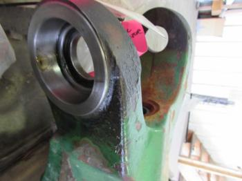 MFD AXLE HOUSING - STEERING Parts for DEERE 4450 -