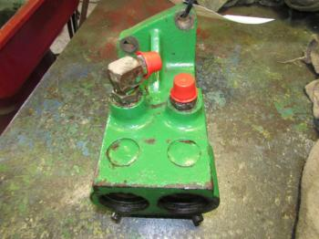HYD REMOTE VALVE & PARTS - HYDRAULICS Parts for DEERE 4020 -