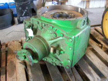 4WD DIFFERENTIAL & PARTS - STEERING Parts for DEERE 9520 -