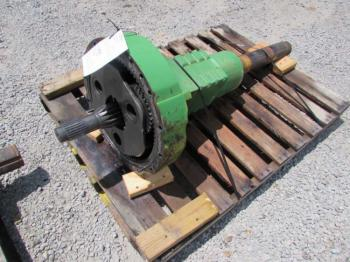 REAR AXLE & PARTS - POWER TRAIN Parts for DEERE 4960 -