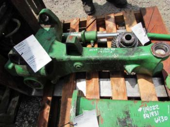 MFD AXLE HOUSING - STEERING Parts for DEERE 6420 -