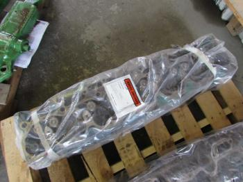 CYLINDER HEAD - ENGINE Parts for DEERE 4440 -