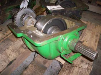 DROP BOX & PARTS - STEERING Parts for DEERE 6215 -