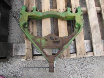 DRAWBAR SUPPORT - 3-PT Parts for DEERE 4440 -