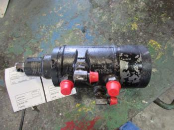 STEERING VALVE - STEERING Parts for I.H./FARMALL 5488 -