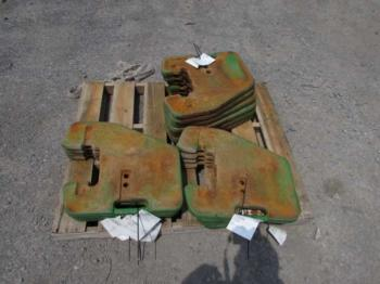 FRONT WEIGHT - ATTACHMENT Parts for DEERE 4240 -