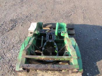 3-PT FRAME - 3-PT Parts for DEERE 8400 -