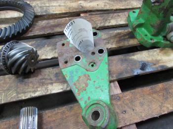 STEER ARM - STEERING Parts for DEERE 4960 -