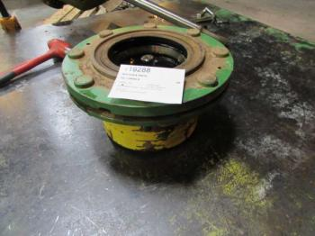 MFD HUB & PARTS - STEERING Parts for DEERE 6400 -
