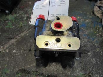 HYD REMOTE VALVE & PARTS - HYDRAULICS Parts for CASE/CASE I.H. 315 -