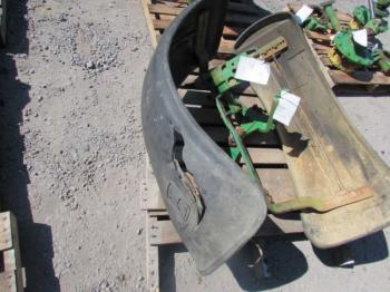MFD FENDERS - SHEET METAL Parts for DEERE 4850 -