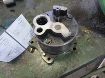 TRANSMISSION PUMP & PARTS - HYDRAULICS Parts for DEERE 8640 -
