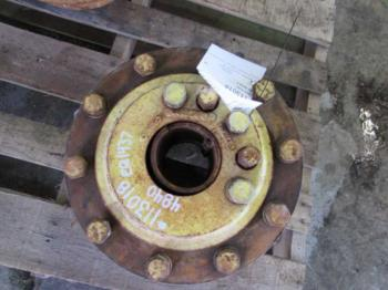 DUAL HUBS - WHEEL Parts for DEERE 4840 -