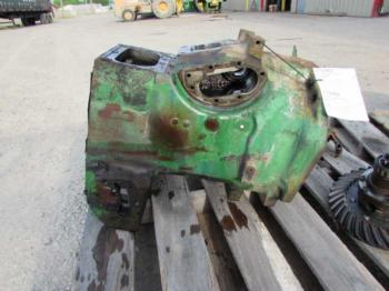 CLUTCH HOUSING & PARTS - POWER TRAIN Parts for DEERE 1530 -
