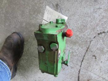 HYD REMOTE VALVE & PARTS - HYDRAULICS Parts for DEERE 2955 -