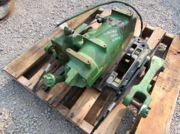 ROCKSHAFT & PARTS - 3-PT Parts for DEERE 4050 -