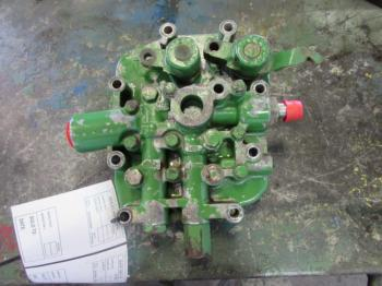 CLUTCH VALVE - POWER TRAIN Parts for DEERE 4430 -